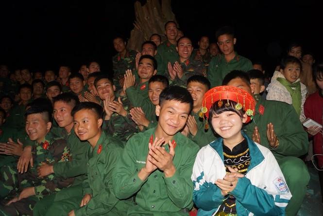 Đêm dạ hội lung linh của tuổi trẻ Quân đội - ảnh 12