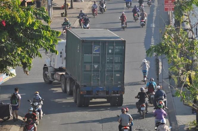 """Bất an với những """"hung thần"""" trên phố Sài Gòn - ảnh 12"""