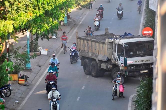 """Bất an với những """"hung thần"""" trên phố Sài Gòn - ảnh 1"""