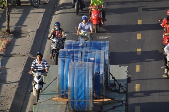 """Bất an với những """"hung thần"""" trên phố Sài Gòn - ảnh 5"""