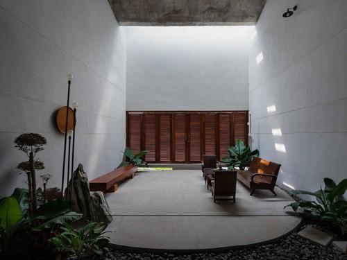 Căn nhà 'tân tiến- quá khứ' cho gia đình 3 thế hệ - ảnh 4