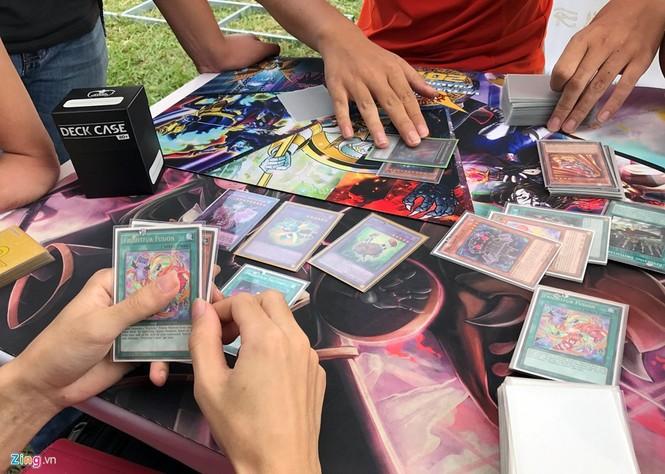 Giới trẻ Hà Nội chi tiền triệu mua bài magic - ảnh 10