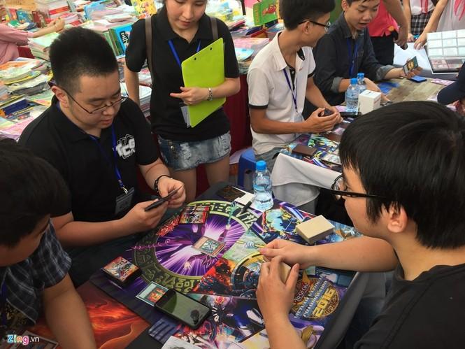Giới trẻ Hà Nội chi tiền triệu mua bài magic - ảnh 4
