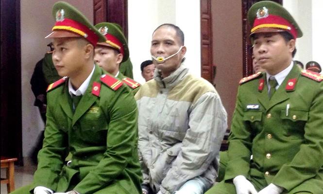 Hung thủ thảm án Quảng Ninh 4 lần cắn lưỡi tự tử - ảnh 1
