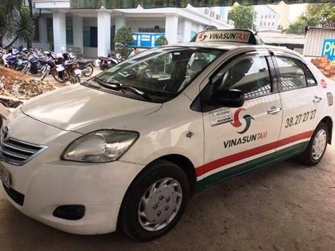 Hành khách dùng dây thừng siết cổ tài xế taxi ở Sài Gòn - ảnh 2