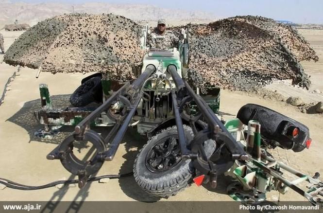 Quân đội Iran ào ào tấn công mục tiêu - ảnh 19