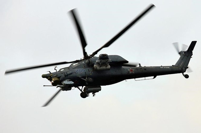 Tận thấy Không quân Nga phô diễn sức mạnh ở Crimea - ảnh 3