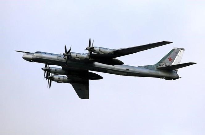 Tận thấy Không quân Nga phô diễn sức mạnh ở Crimea - ảnh 5