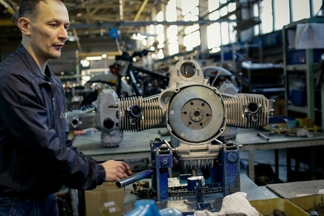 Thăm thú nhà máy lắp ráp side-car huyền thoại Nga - ảnh 11