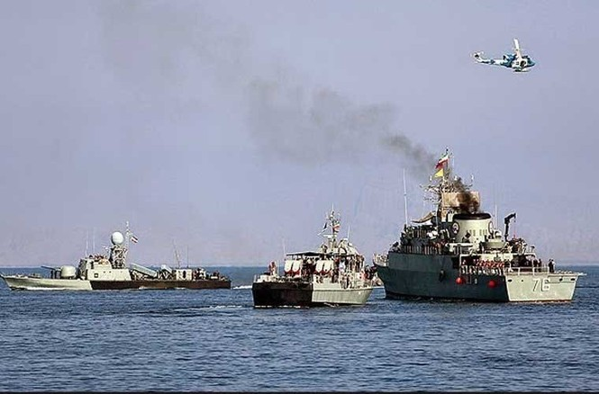 Tập trận trên biển, Hải quân Iran khoe tàu ngầm, chiến hạm - ảnh 10