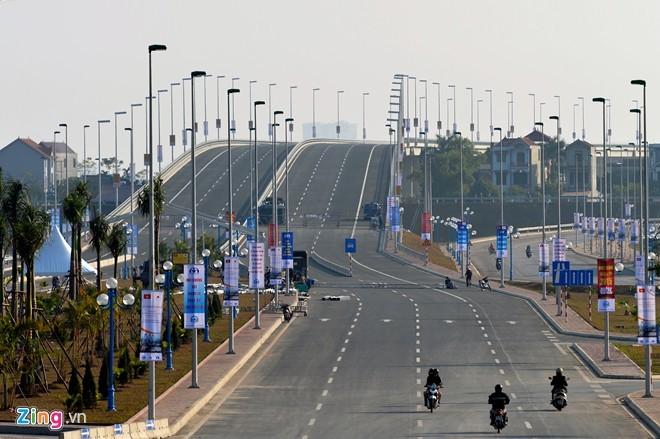 [ẢNH] Cầu Nhật Tân, đường Võ Nguyên Giáp trước ngày thông xe - ảnh 19