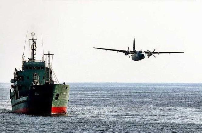 Tập trận trên biển, Hải quân Iran khoe tàu ngầm, chiến hạm - ảnh 17