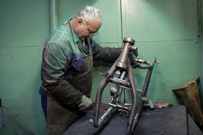 Thăm thú nhà máy lắp ráp side-car huyền thoại Nga - ảnh 2