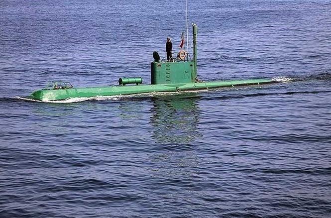 Tập trận trên biển, Hải quân Iran khoe tàu ngầm, chiến hạm - ảnh 2