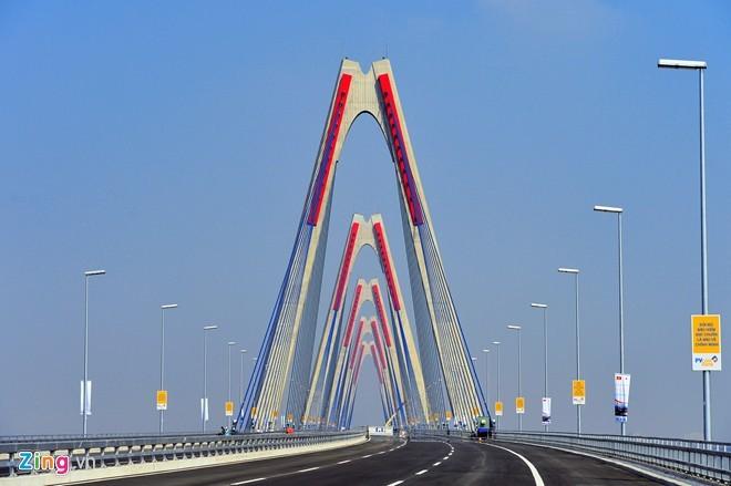 [ẢNH] Cầu Nhật Tân, đường Võ Nguyên Giáp trước ngày thông xe - ảnh 7