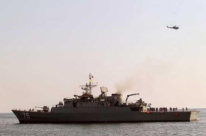 Tập trận trên biển, Hải quân Iran khoe tàu ngầm, chiến hạm - ảnh 5