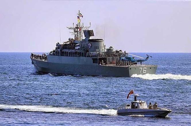 Tập trận trên biển, Hải quân Iran khoe tàu ngầm, chiến hạm - ảnh 6