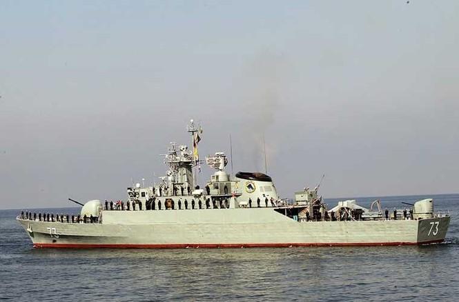 Tập trận trên biển, Hải quân Iran khoe tàu ngầm, chiến hạm - ảnh 7