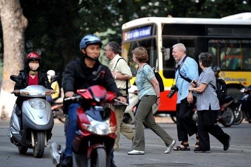 Khách Tây viết về dòng sông xe máy ở Việt Nam - ảnh 1