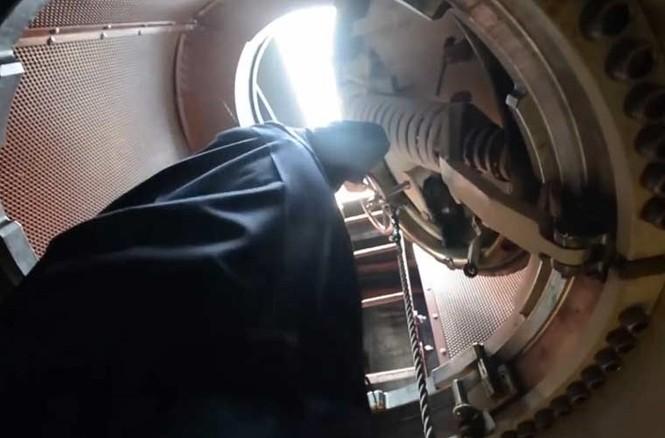 'Đột nhập' bên trong siêu tàu ngầm Hàn Quốc - ảnh 4