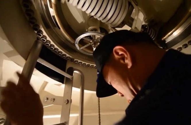 'Đột nhập' bên trong siêu tàu ngầm Hàn Quốc - ảnh 5