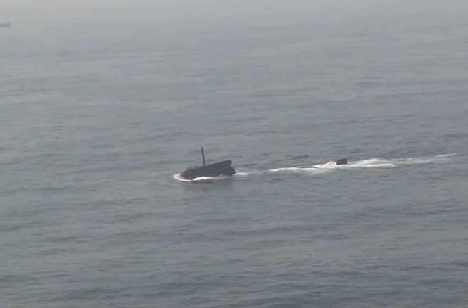 'Đột nhập' bên trong siêu tàu ngầm Hàn Quốc - ảnh 8