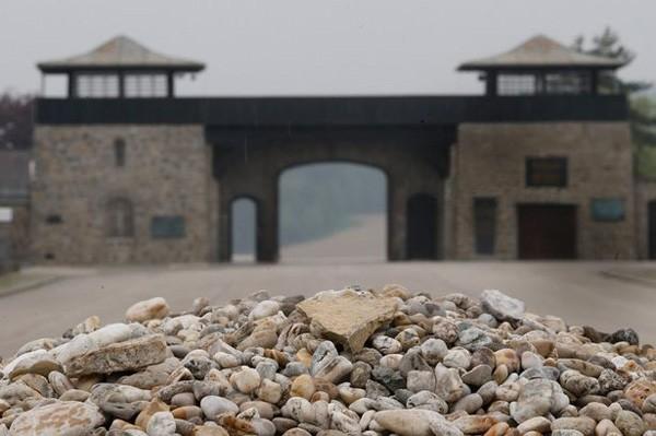 Phát hiện xưởng vũ khí hạt nhân dưới lòng đất của phát xít Đức? - ảnh 2