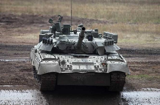 Tận thấy những màn trình diễn ngoạn mục của xe tăng Nga - ảnh 2