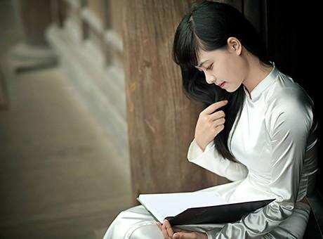Vẻ đẹp dịu ngọt của các nữ sinh trường Giao thông - ảnh 2