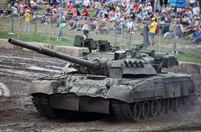 Tận thấy những màn trình diễn ngoạn mục của xe tăng Nga - ảnh 3