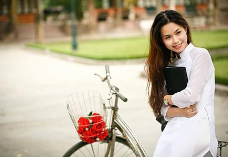 Vẻ đẹp dịu ngọt của các nữ sinh trường Giao thông - ảnh 4