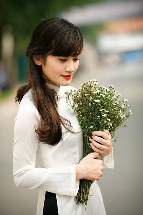 Vẻ đẹp dịu ngọt của các nữ sinh trường Giao thông - ảnh 5