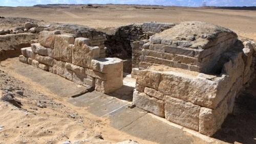 Phát hiện lăng mộ vợ pharaoh Ai Cập cổ đại - ảnh 1