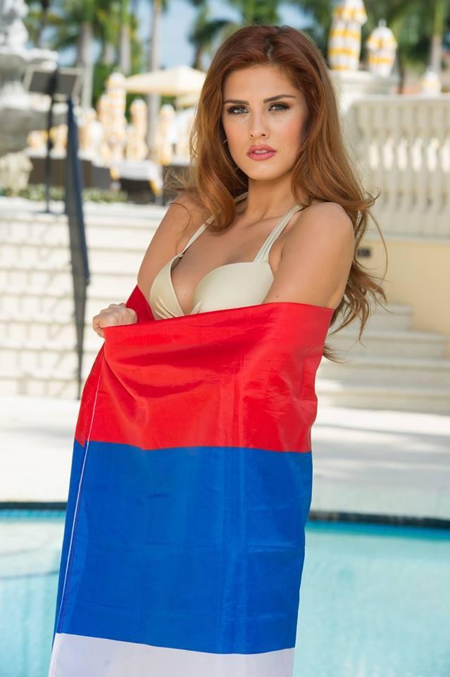 Người đẹp Hoàn vũ khoe đường cong 'gây mê' với bikini - ảnh 19