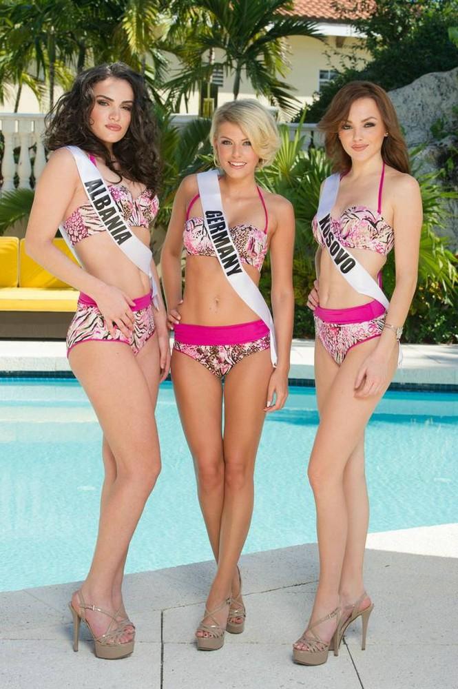 Người đẹp Hoàn vũ khoe đường cong 'gây mê' với bikini - ảnh 26