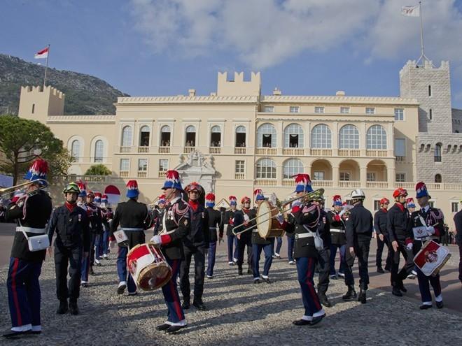 Cuộc sống giàu sang ở đất nước Monaco - ảnh 2