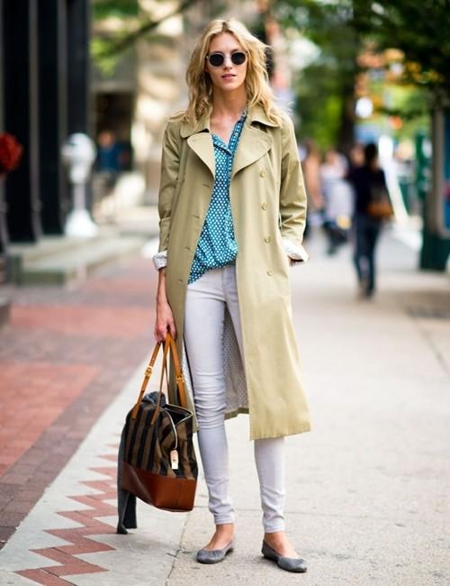 Mặc áo măng tô đơn giản mà đẹp như fashionista - ảnh 10