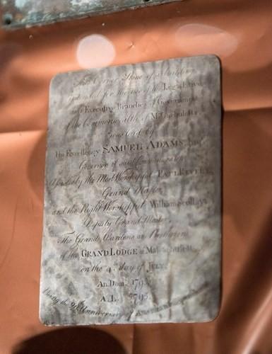 Vén màn bí ẩn bên trong hộp thời gian 220 tuổi - ảnh 5