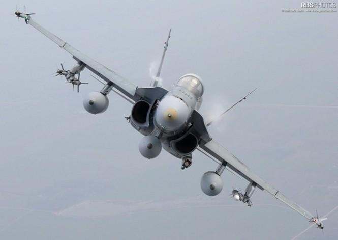 Nhìn gần máy bay chiến đấu NATO tuần tiễu khu vực Baltic - ảnh 5