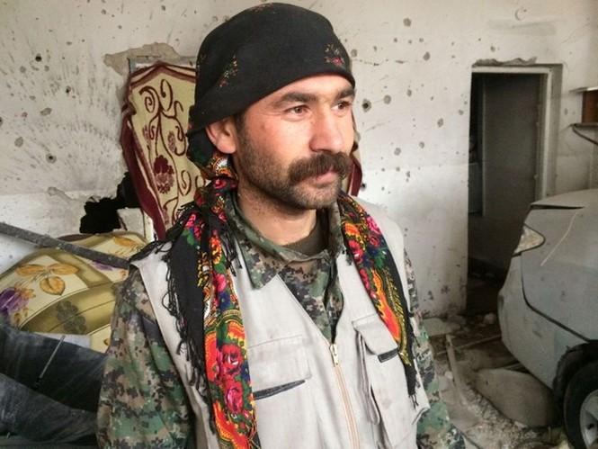 Thảm thương thị trấn Syria trong vòng vây phiến quân IS - ảnh 8