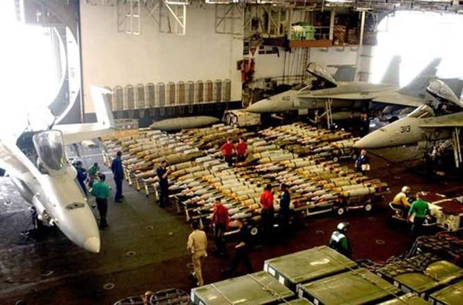 Tận mục qui trình lắp ráp ổ ạt bom thông minh JDAM Mỹ - ảnh 11