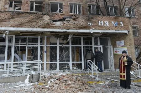 Sân bay Donetsk bị đánh sập, hơn 200 người thiệt mạng - ảnh 2