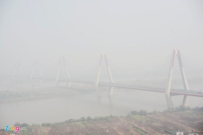 Cầu dây văng dài nhất Việt Nam mù sương giữa trưa - ảnh 3
