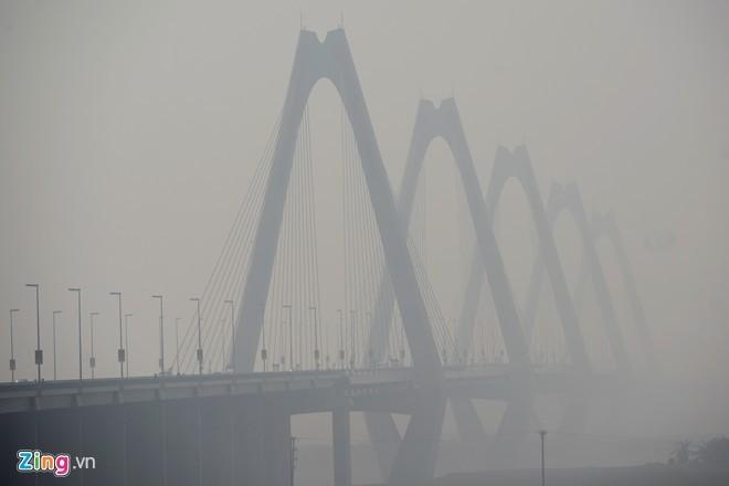 Cầu dây văng dài nhất Việt Nam mù sương giữa trưa - ảnh 6