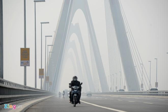 Cầu dây văng dài nhất Việt Nam mù sương giữa trưa - ảnh 7