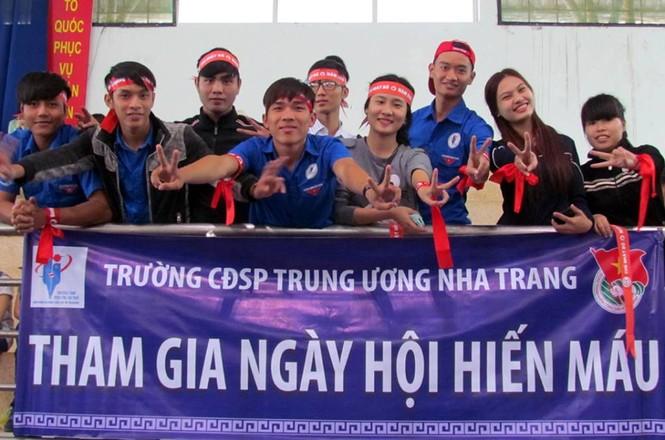Chủ nhật Đỏ Khánh Hòa tiếp nhận 364 đơn vị máu - ảnh 2
