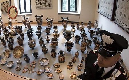 Tìm thấy hơn 5.000 cổ vật quý có giá trị 1200 tỉ đồng - ảnh 1