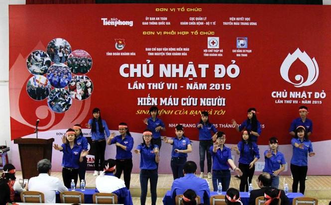 Chủ nhật Đỏ Khánh Hòa tiếp nhận 364 đơn vị máu - ảnh 3