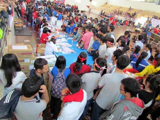 Chủ nhật Đỏ Khánh Hòa tiếp nhận 364 đơn vị máu - ảnh 11
