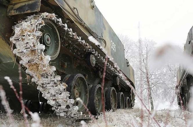 'Đột nhập' bên trong thiết giáp BTR-MD của lính dù Nga - ảnh 1